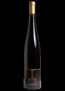 Bouteille magnum d'Amour Éternel, vin rouge Pinot Noir élevé en barrique.